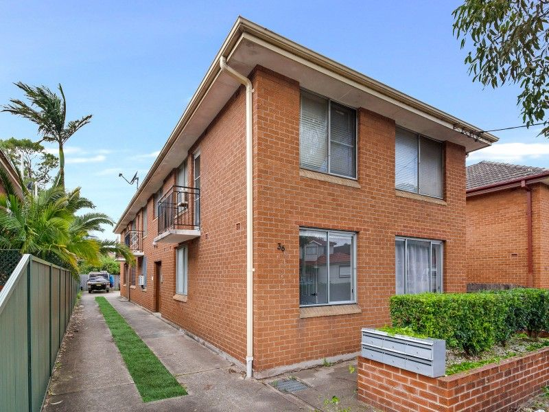 Quite 2 Bedroom Apartment - We have Sydney Covered !