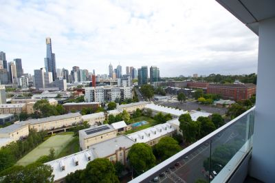 Unfurnished Modern Apartment with City Views - Ready to Move in and Enjoy!