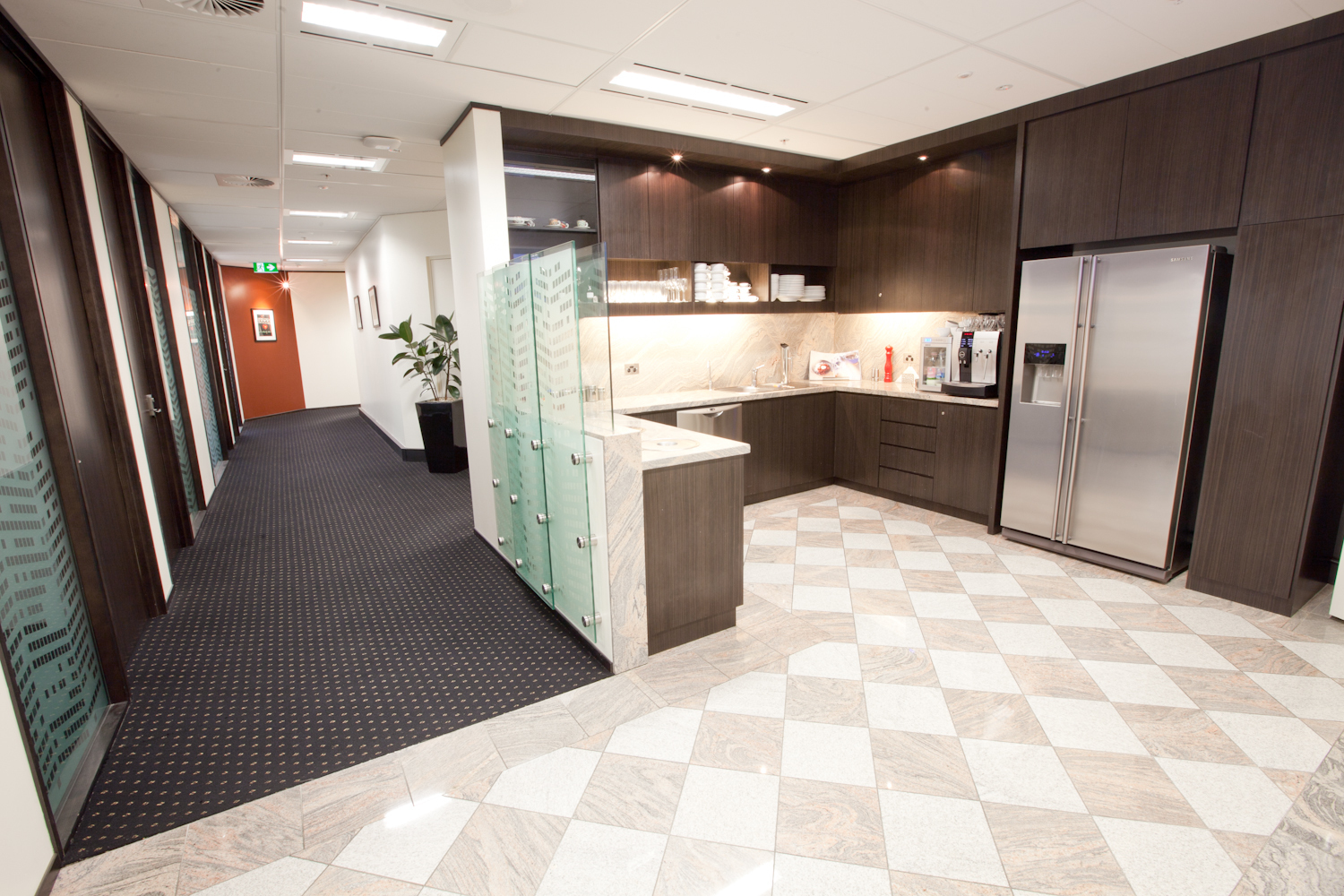 1-PERSON OFFICES LOCATED IN NORTH SYDNEY
