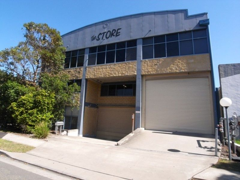 TOP FLOOR STREETFRONT STORAGE UNIT