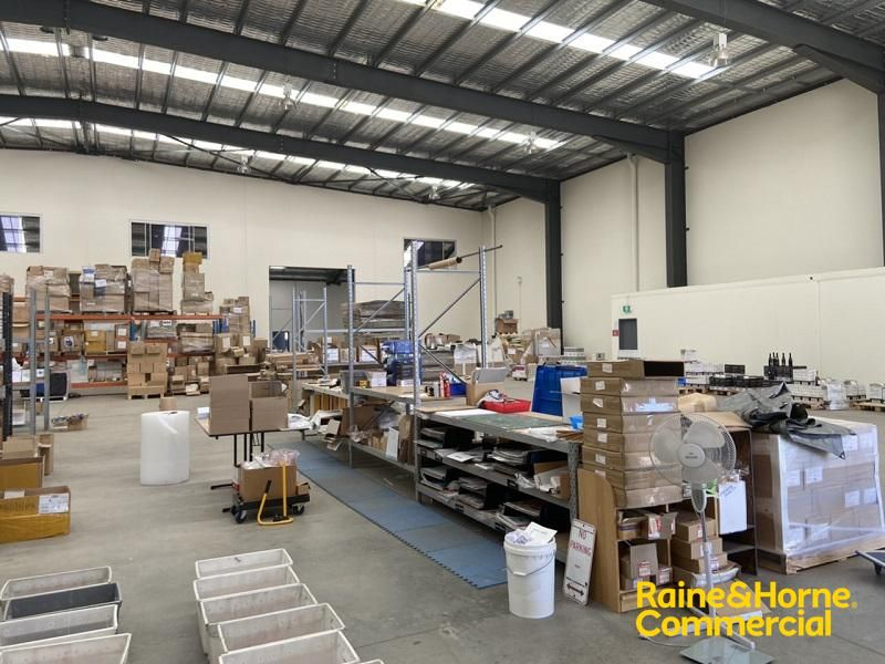 Warehouse Sub-Lease Opportunity