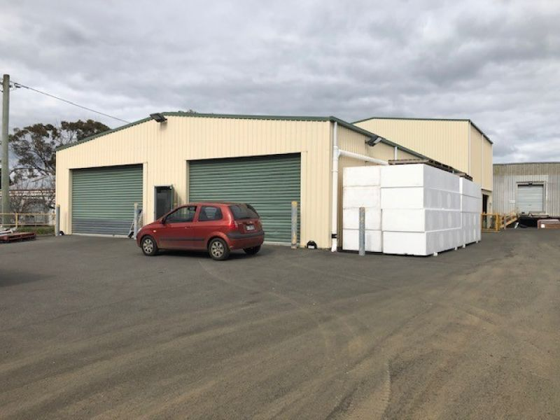 Clear Span Warehouse with Yard Area