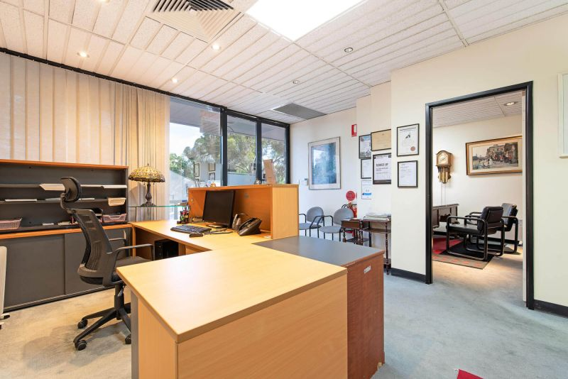 Office /Consulting property for sale