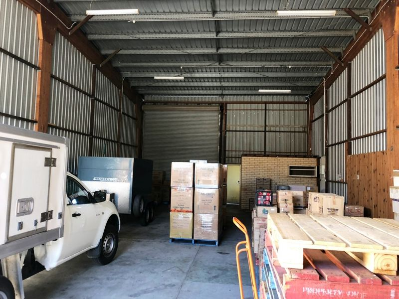 Warehouse with Drive Through Access