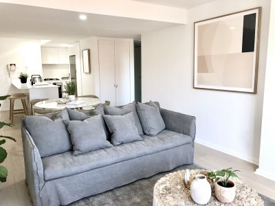 Panache and Luxury in Modern Security Building, Lift, Heated Indoor Pool, Gym and Secure parking 700m approx to Bronte Beach
