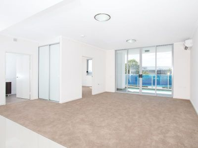 1 BEDROOM SECURITY APARTMENT WITH PARKING. OPPPOSITE ROSEHILL GARDENS