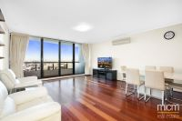 Three Bedroom Beauty with Inspired Bay Views!