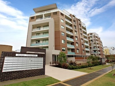 Top Floor Executive Apartment with Double Parking