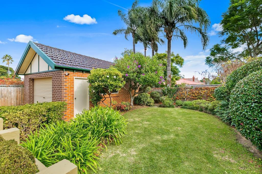 5 Service Avenue, Ashfield