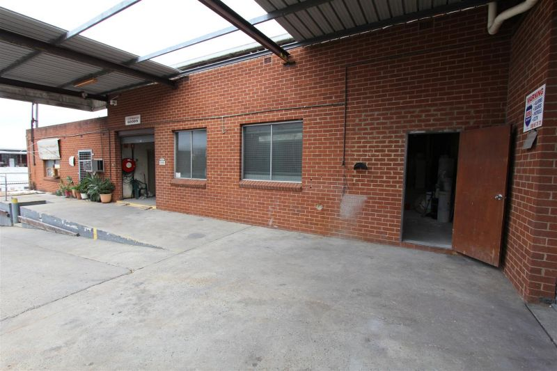 LEASED BY RYAN MCMAHON & MITCH BROWN - RARE LOW RATE WAREHOUSE