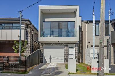 Freestanding 4 Bedroom House on 184 square metre Block