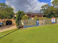 Family Friendly Home In Beautiful Carina