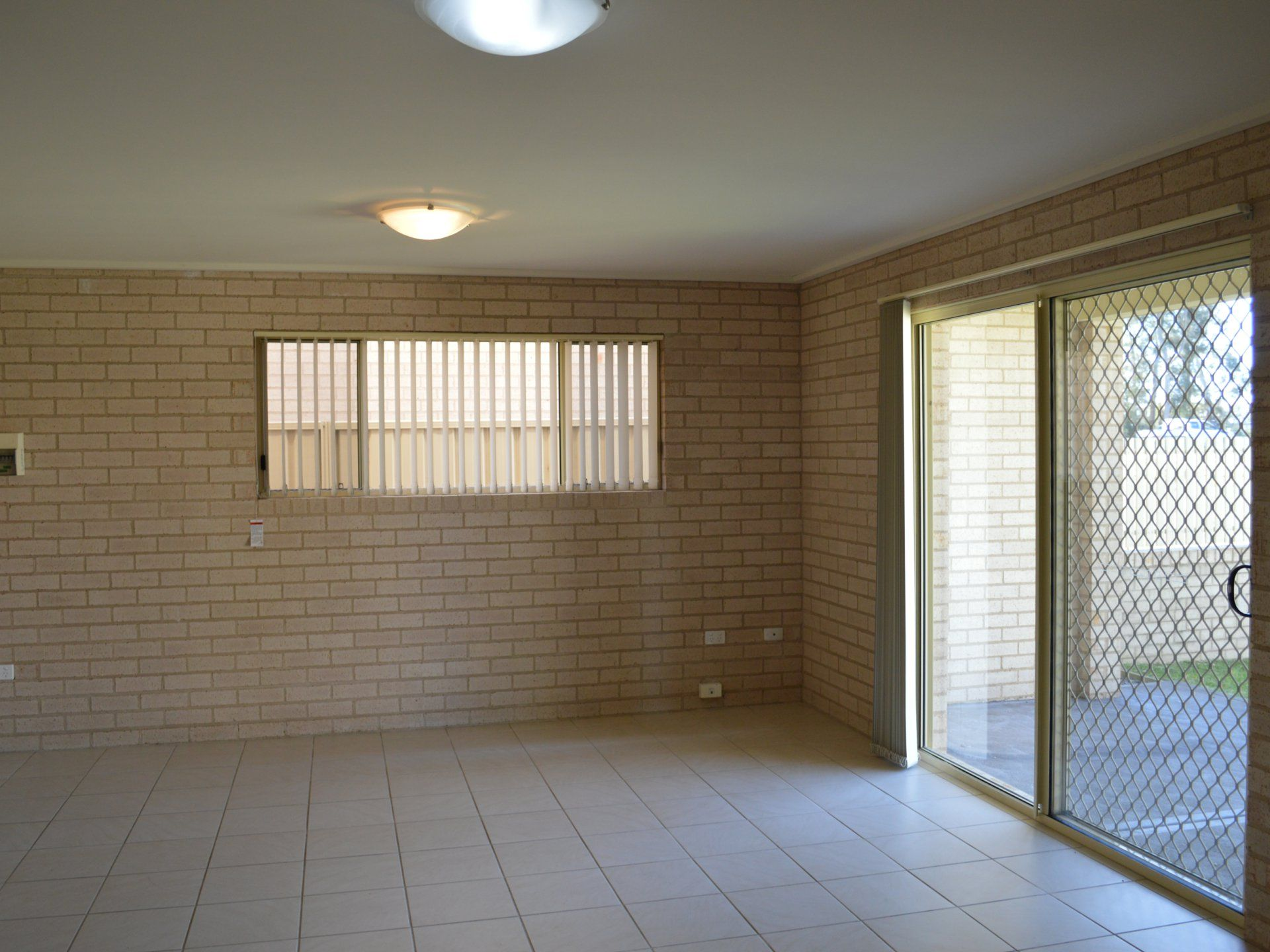 1/129 Adelaide Street RAYMOND TERRACE 2324