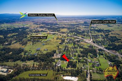 Level Acres – Just 3 km from the Airport!