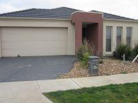 Featherbrook Estate, 45 Windorah Drive: Spectacular Home In Prestigious Estate!