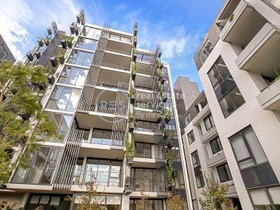 Oversized Garden-Facing 1-Bedroom Apartment in Harold Park