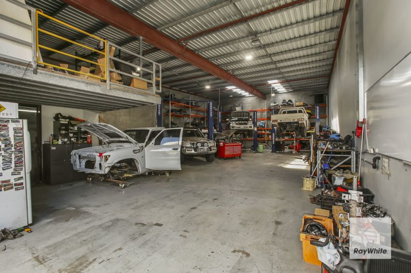 FULLY LEASED FREESTANDING INDUSTRIAL INVESTMENT - CENTRAL SUNSHINE COAST