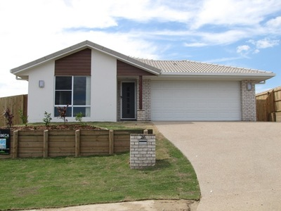 4 BEDROOM, 4 BATHROOM HOME WITH LOADS OF EXTRAS