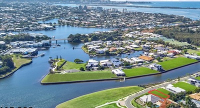 Land sale- The Quays, Pelican Waters