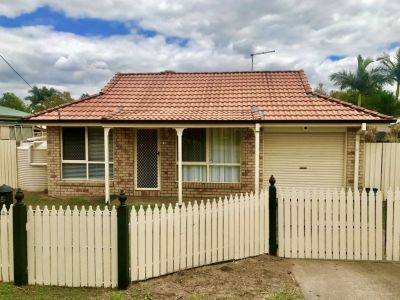 LOCATION LOCATION!!, 3 BEDROOM HOME AVAILABLE IN POPULAR FLINDERS VIEW