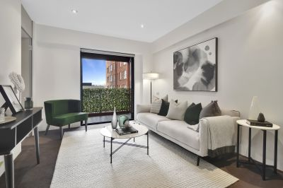 North-Facing Apartment in the Stylish, Pet-Friendly Rex