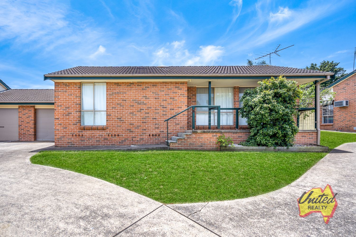 6/870 Burragorang Road The Oaks 2570