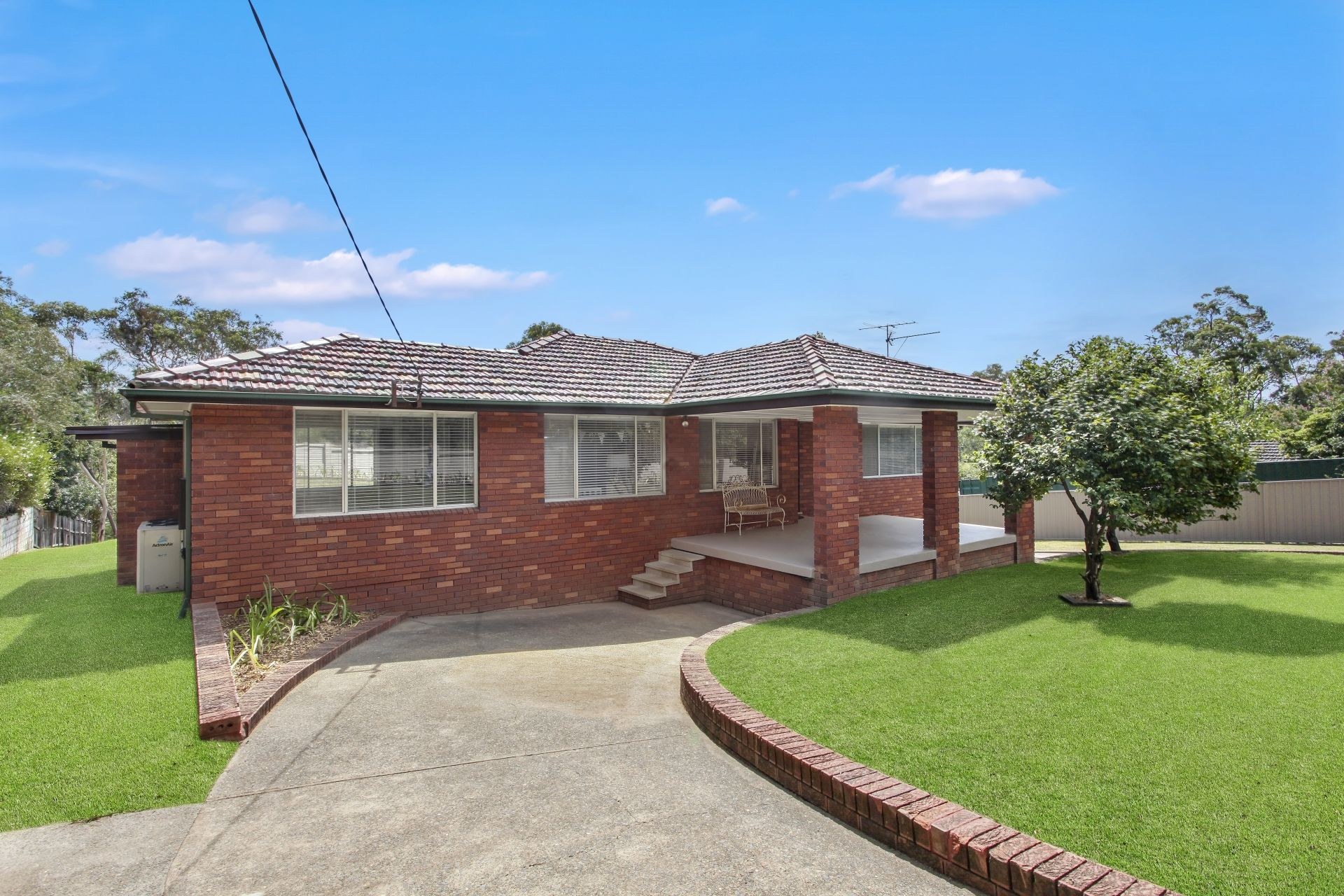 102 Clearview Parade Hazelbrook 2779