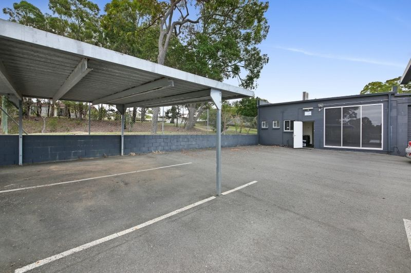 145m2* Ground Level Office, next to Ferry Road Markets!