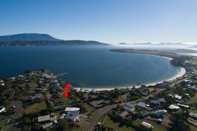 10 Pier Road, Opossum Bay