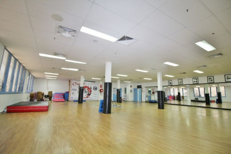 Surry Hills Office / Short walk to Central and CBD