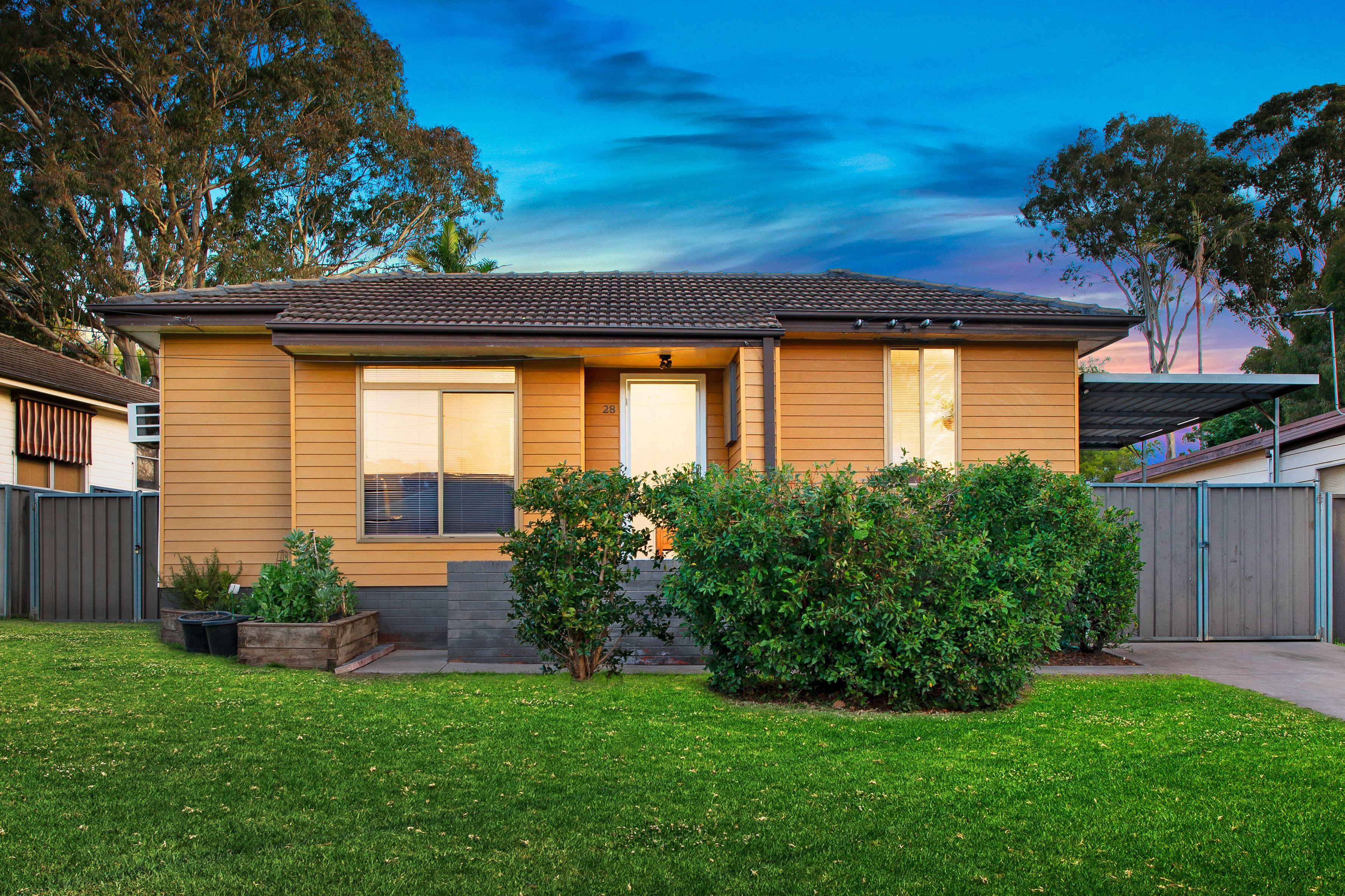 28 Patterson Road, Lalor Park NSW 2147
