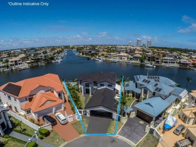 UNRIVALLED POSITION IN RUNAWAY ISLANDS- OVER 33mtrs* OF WATERFRONTAGE