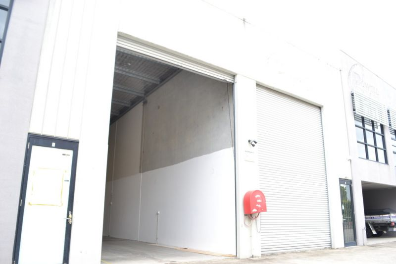Immaculate Modern Warehouse - Be Quick!