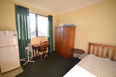 ROOM TO LET - $210pw