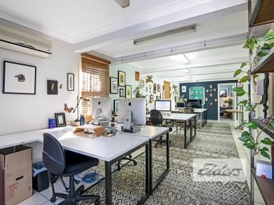 CHARACTER CORNER OFFICE WITH NINE CAR PARKS