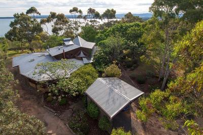 LIVE DOWN BESIDE THE LAKESIDE  - FABULOUS ECO HOME ON ACRES ALL ON THE SHORES OF LAKE GLENMAGGIE