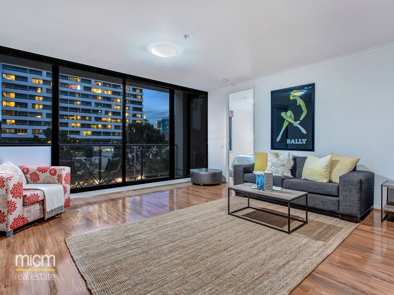 An Inner City Delight with Stunning Space