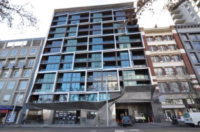 108 Flinders: Perfectly Located - Executive Two Bedroom Apartment!