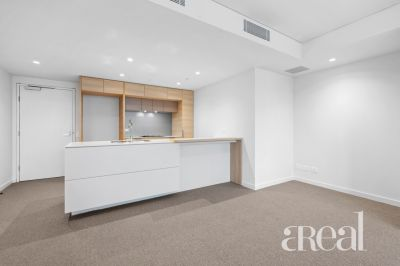 1703/103 South Wharf Drive, Docklands