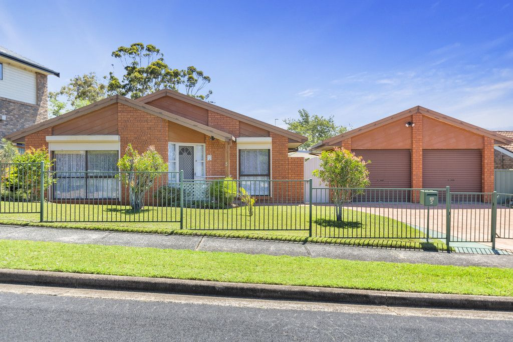 5 Woodfield Road Kincumber 2251