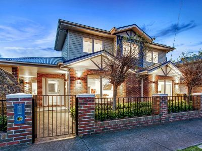 Altona North 35 Collins Avenue
