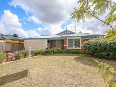 Lovely 4 X 2 brick & iron family home close to everything