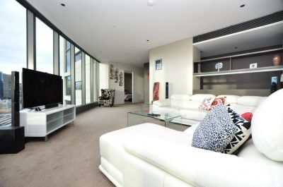 Beautifully Furnished Three Bedroom Plus Study with Spectacular Views!
