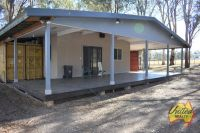 Modern Granny Flat on approx. 1 Acre