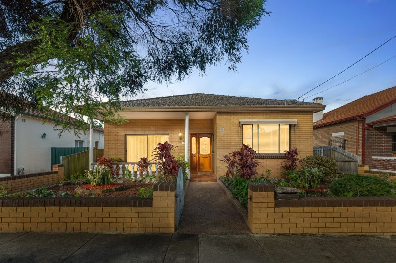 Four bedroom home in one of Ashfield's most sought after street's