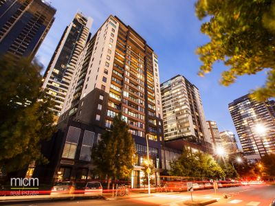 Yarra Condos: 12th Floor - Stylish Living!