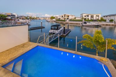 Perfectly Positioned Waterfront Home - A Statement in Style and Luxury