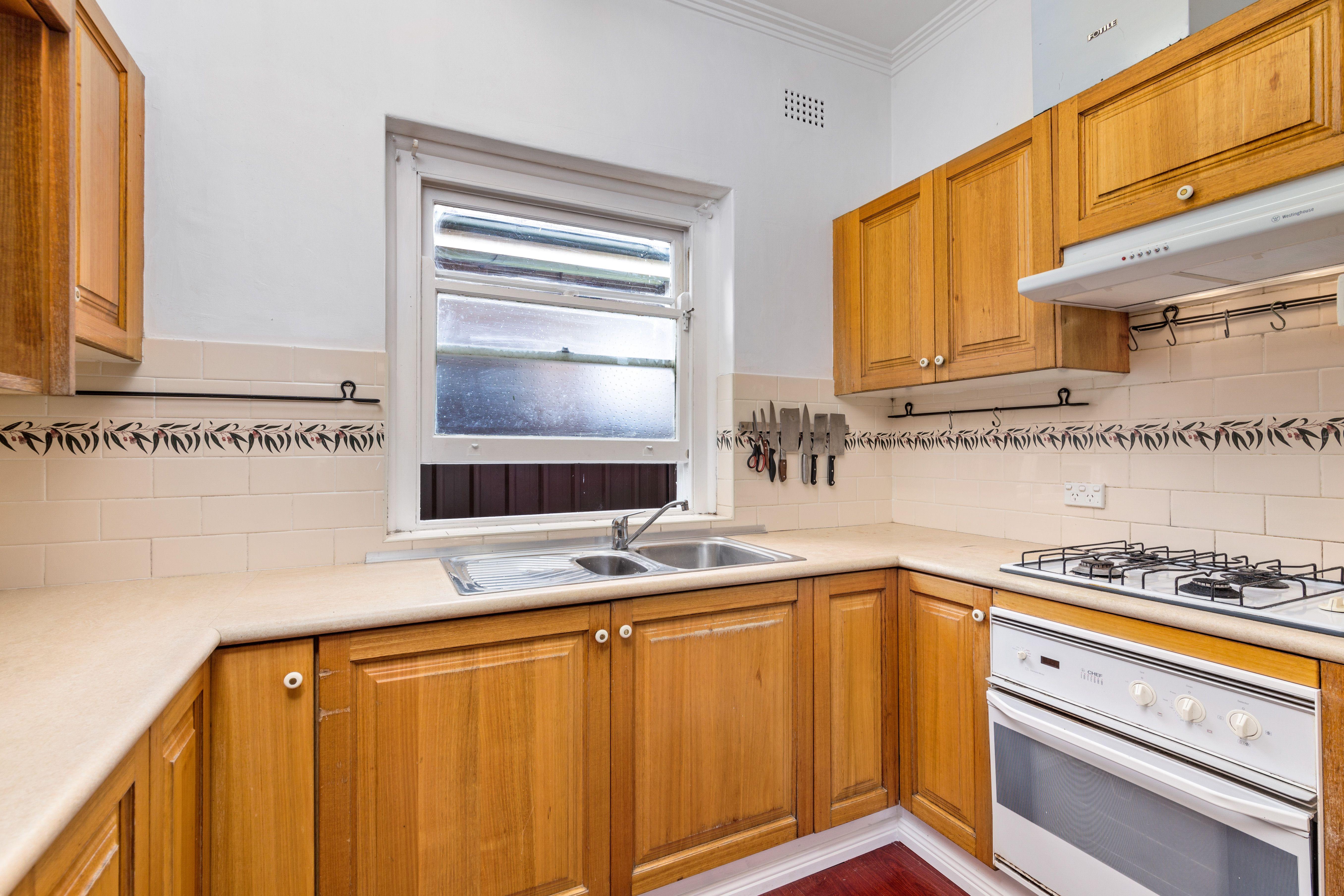 8a Gladstone Street, Burwood NSW 2134