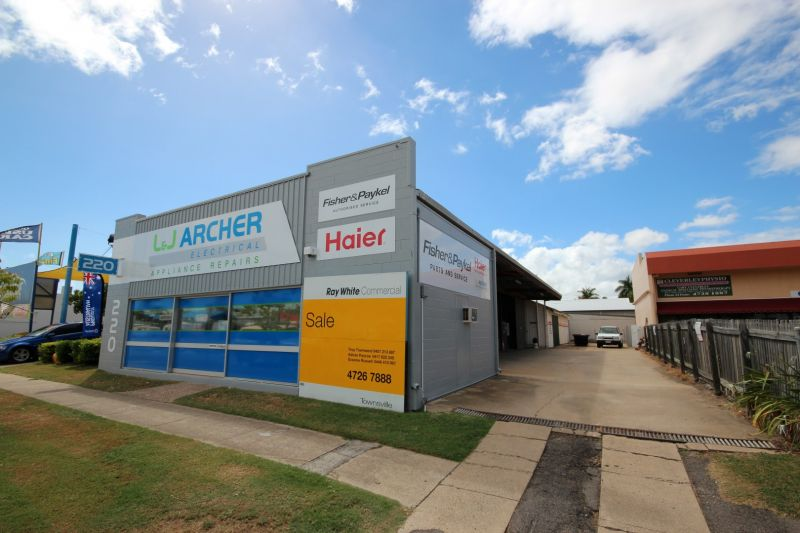 Well Presented Office/Warehouse For Sale