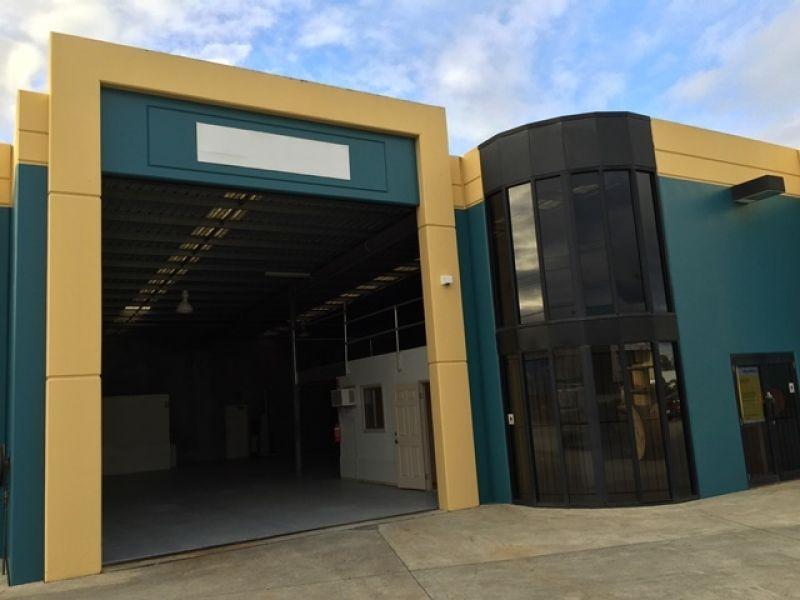 Easy Access Warehouse